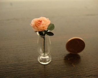 Miniature vase with pink  roses