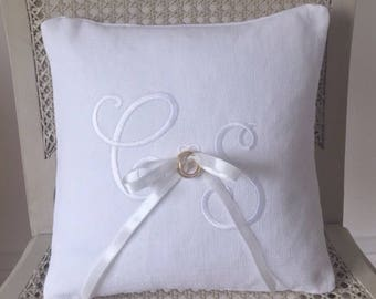 Custom personalised Ring Bearer pillow cover. White cushion, wedding gift, keepsake