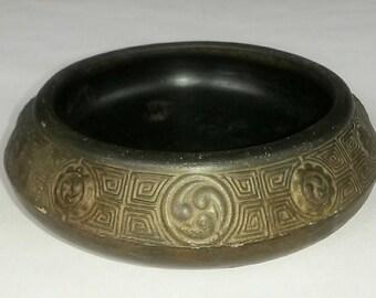 """Antique Bronze Brass Incense Burner for Cone Incenses MADE in Japan Vintage 6.5"""" Diameter"""