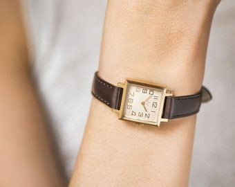 Classical woman's watch square, gold plated mint condition lady watch small, retro lady watch Ray minimalist, Soviet lady watch, new premium