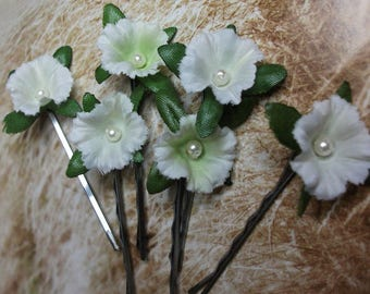 6 pale green /white flower hair clips, wedding bridal hair pins,  flowergirl, bridesmaid, bobby pins, flower grips, boho hair