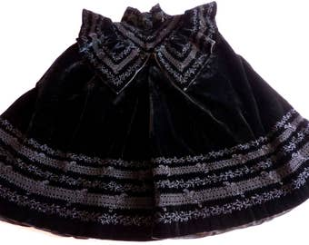 Victorian black silk velvet capelet cape w jet stones, elegant French handmade clothing, made in France, gothic cape, steampunk clothing