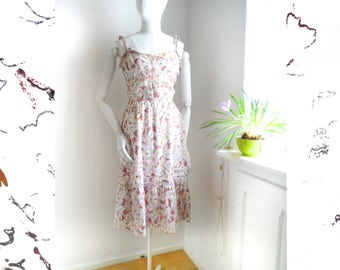 Vintage Dress Floral pale summer sun day dress spaghetti dress romantic dreamy feminine dress