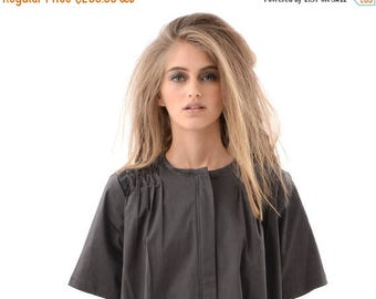 Chic and Trendy Grey Womens Shirt Dress with Hidden Zipper, Short Sleeve Fashion Dress for Everyday Wear, Casual Oversized Classic Dress