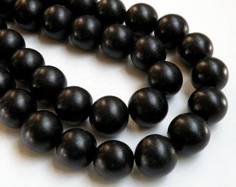 Jet Black wood beads round 20mm full strand eco-friendly Cheesewood 1308NB