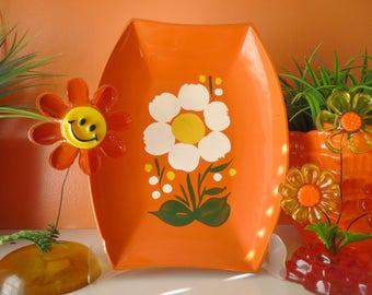 Vintage 1970s Retro Orange Groovy Flower Power Lacquer Paint Plastic MOD Decor Tray