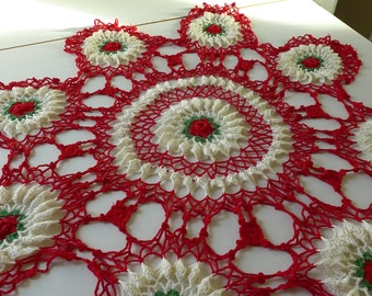 Large Red White Roses Doily Vintage Round Crochet Doilie Extra Large Christmas Table Topper Table Scarf