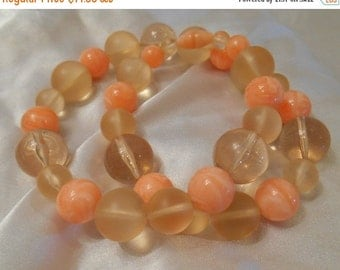 Holiday Sale Avon Marble Hues Bead Necklace in Coral