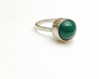 Vintage Green JADE Ring Size 7, Round Stone, Silver, Pre holiday sale, Item No. S287