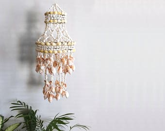 Vintage Hanging Shell Chandelier Seashell Mobile Home Decor Hanging Boho Decor Beach Vibes Wind Chime Jungalow Home Decor
