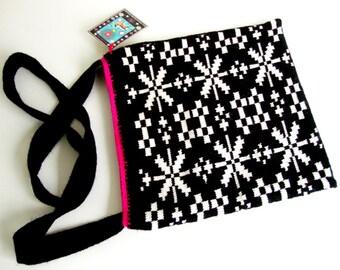 Knitted Bag Tote Black White Jacquard handmade black an white Geometric Cristmas present