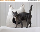 Cat bed - wool pet bed - natural beige cat cave - made to order - Valentines gift - gift for pet - modern cat bed - small dog bed