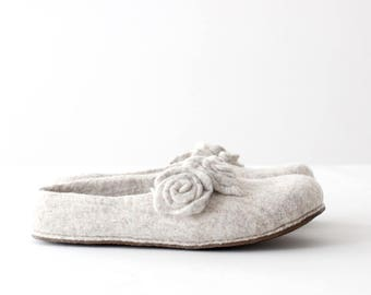 Women slippers - felted wool slippers from natural beige wool with roses - gift for her - made to order - Mothers day gift
