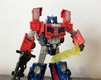 Transformers Titans return Optimus Prime