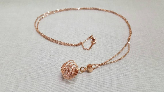 Crystal Rose gold pendant - blush