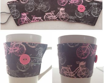 Mug Cozy Pink Bicycles on Brown