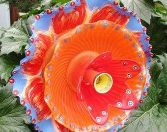 Wild Tulip Glass Garden Decoration - Hand Painted Glass Plate Flower - Sun catcher - Garden Sculpture - Yard Art - garden gift