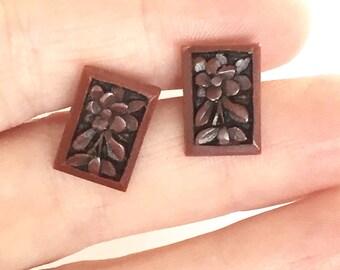 Dainty Little Resin Textured Earrings