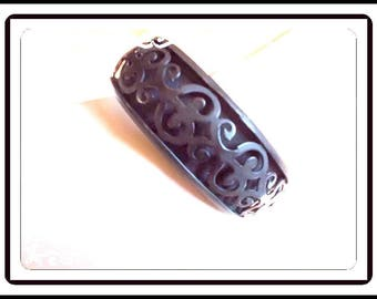 Carved Black Cinnabar Bangle Bracelet - 1950's Mid Century Black Vintage  Fashion Jewelry -  Brac-2494a-041817040
