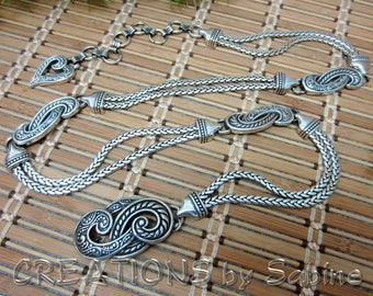 Silver Metal Chain Link Hip Belt Heart Womens S M L 32-38 Inches Adjustable Small Medium Large Shiny Silver Tone Vintage FREE SHIPPING (633)