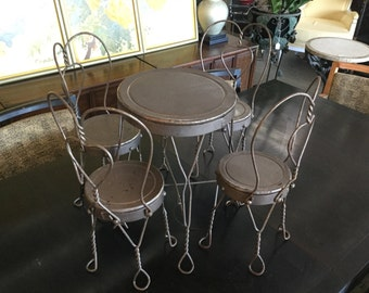 Doll Size  Bistro Set