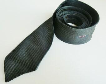1950s skinny tie, mens vintage fashion, Curtis tie, narrow necktie, NZ ties, thin vintage tie, olive green stripe, skinny neckwear
