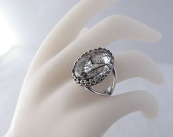 Adjustable Ring with Black & Clear Cabochon
