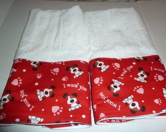"""Valentine's Day """"I Woof You"""" on Red Decorative Hand Towels (Set of 2)  for Kitchen, Bath or Powder Room"""