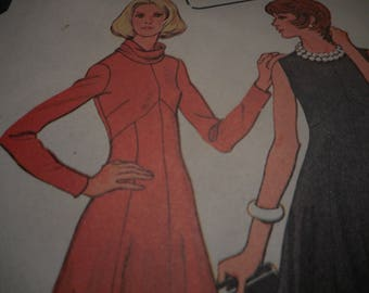 Vintage 1970's McCall's 3836 Dress Sewing Pattern, Size 10 Bust 32 1/2