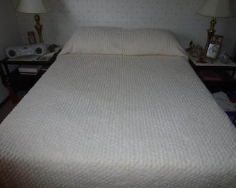 Vintage Chenille Bedspread with Fringe*Queen Size Basket Weave Design Cream Colored Cotton Chenille