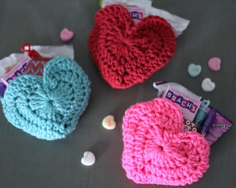 Valentine Heart Envelope Pouch Set - Crochet Valentines. DIY Valentine Day Gift, Classroom Gift, Gift for Kids, Valentine packaging wrap