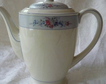 Stunning, Fabulous Hutschenreuther, Evelyn Coffee Pot,  made in Germany, French Blue, Pattern HUT2184