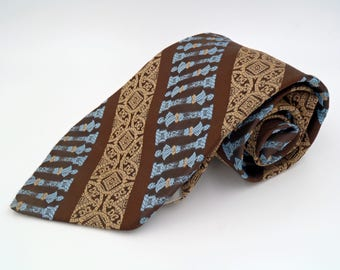 Vintage 1970s Wide Blue Polyester Tie with Brown Busts by Arrow