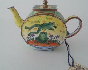 Miniature Enamelled Teapot Charlotte diVita Leap Frog Collectible
