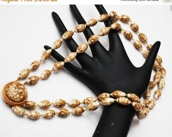 Marble brown  Double Strand Necklace - Lucite gold tone metal - Mid century - 24  inches