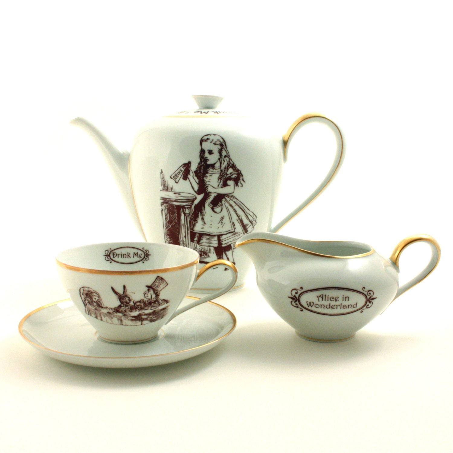 alice im wunderland recycled teekanne tasse milchkanne vintage. Black Bedroom Furniture Sets. Home Design Ideas