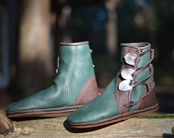 Green Elf Moccasins - Elven Moccasin Boots - Earthing Shoes - Pixie Boots - Custom Boots - Women's Moccasin Boots - Men's Moccasin Boots