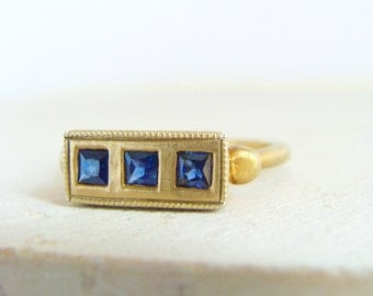 Gold Sapphire Ring, Blue Sapphire Ring, Sapphire Engagement Ring, Antique Sapphire Ring, 14k Gold Sapphire, September Birthstone
