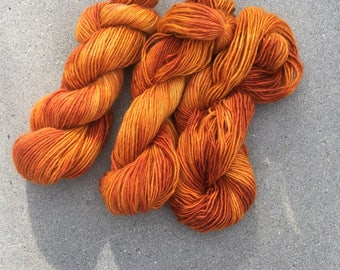 "single ply worsted ""sulfur paintbrush"""