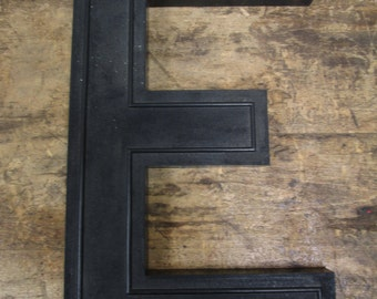 """Vintage Plastic 17"""" Slotted Drive-In Theater Sign Black Letter Number """"E"""""""
