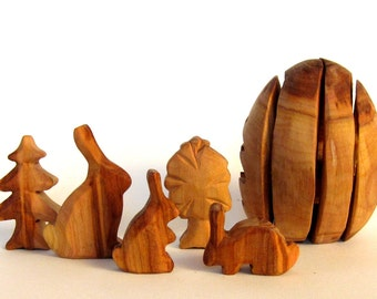 Easter Egg, Wooden Egg, Easter Bunny, Woodcarving, Easter Decoration, Carved Rabbits