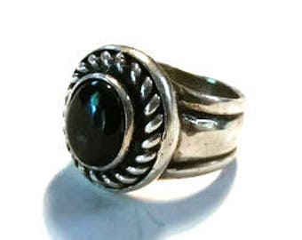 Modern Black Onyx Sterling Silver Ring Size 6 3/4