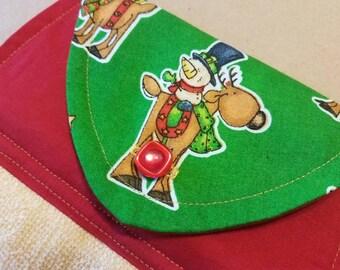 Reindeer Hanging Kitchen Towel, Holiday Dish Towel, Christmas Kitchen Linens, Housewarming Gift, Hostess Gift, Secret Santa, Snowman, Winter