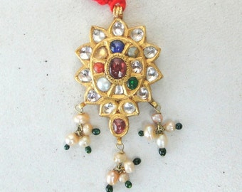 Vintage Antique 20 Carat Gold Pendant Necklace Amulet South India