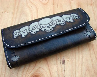 Woman wallet with skull