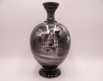 """Antique Royal Worcester Black and White Cottages Vase - """"Shakespeare's House, From the East"""" Shape 1846"""