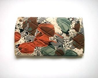 vintage clutch bag, quilted floral clutch bag, vintage bag, vintage floral print, floral print clutch, quilted floral print clutch