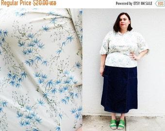 CLEARANCE - FINAL SALE - Plus Size - Vintage Cream Floral Peasant Blouse (Size 16/18)