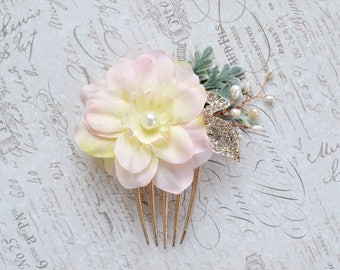 Rhinestone hair comb, Wedding flower hair comb, Pink bridal comb, Pearl gold floral hair piece, Wedding hair comb, Pink bridal hair piece