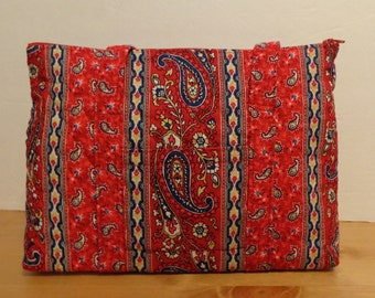 Red Navy White Paisley Stripel Print Quilted Purse